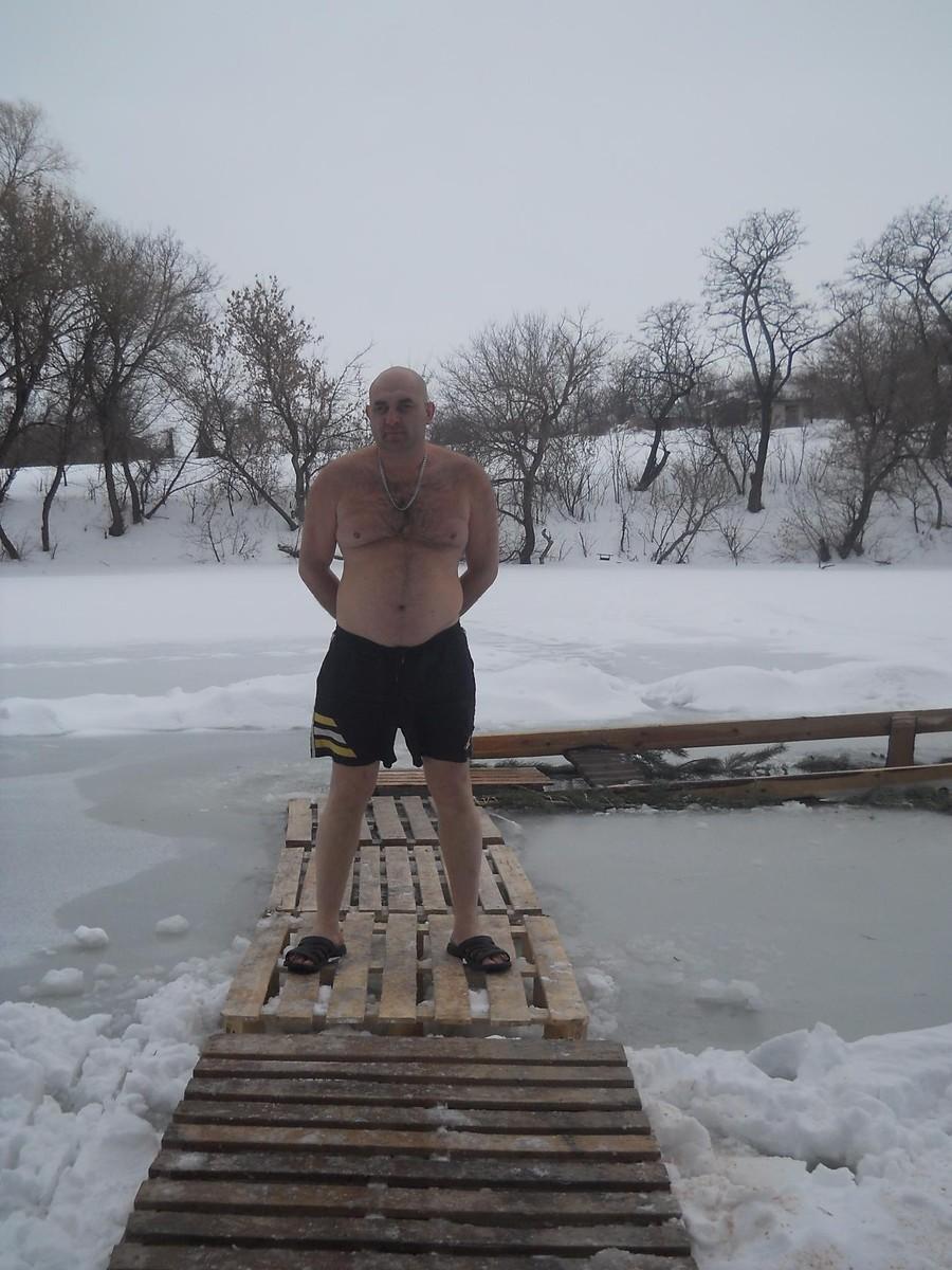 Знакомства Полтава, фото мужчины Юра, 44 года, познакомится для флирта, любви и романтики, cерьезных отношений