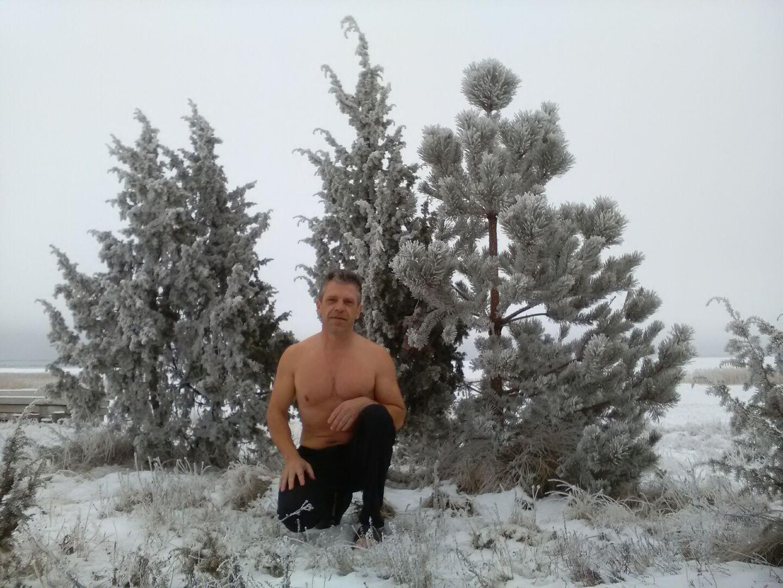 Знакомства Псков, фото мужчины Константин, 56 лет, познакомится для флирта, любви и романтики