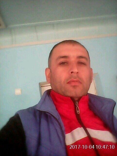 Знакомства Сочи, фото мужчины Фарид, 42 года, познакомится для флирта, любви и романтики, cерьезных отношений