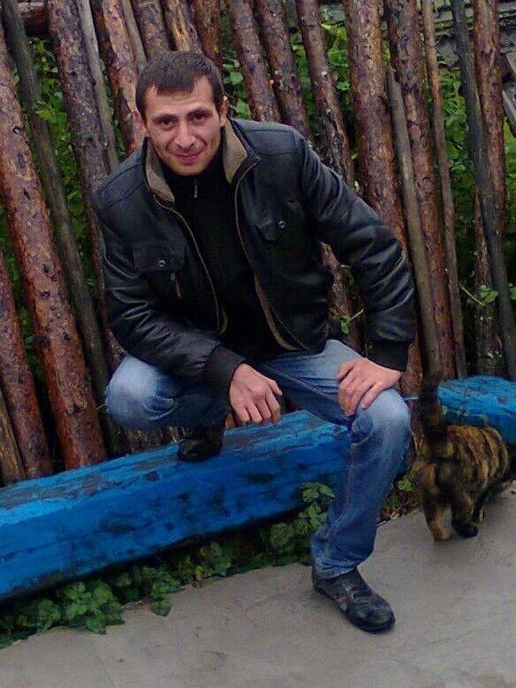 Знакомства Мурманск, фото мужчины Руслан, 38 лет, познакомится для флирта, любви и романтики, cерьезных отношений