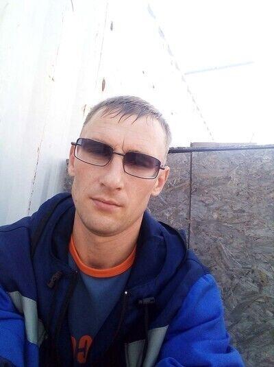 Знакомства Ребриха, фото мужчины Иван, 33 года, познакомится для флирта, любви и романтики, cерьезных отношений