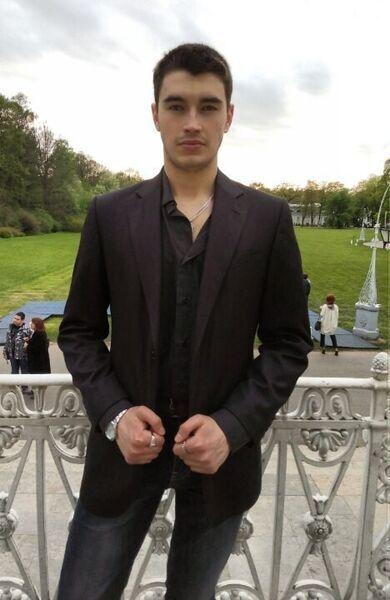 Знакомства Санкт-Петербург, фото парня Даниил, 23 года, познакомится для флирта, любви и романтики, cерьезных отношений