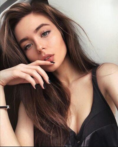 Знакомства Москва, фото девушки Варвара, 21 год, познакомится для флирта, любви и романтики